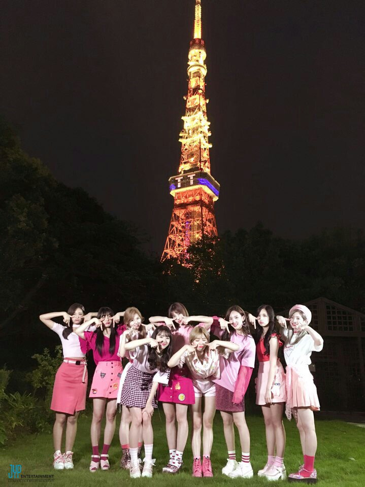 TWICE TT featured on Tokyo Towers