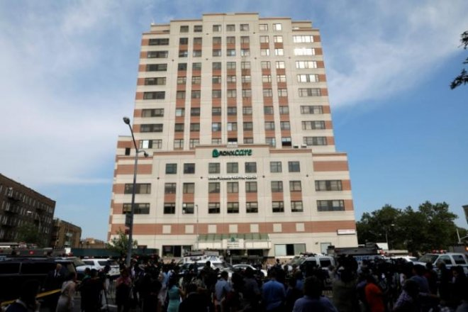 New York hospital rampage: Doctor fatally shoots 1, injures 6 before