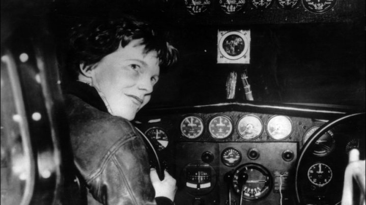 Newly discovered photo suggests Amelia Earhart survived crash-landing