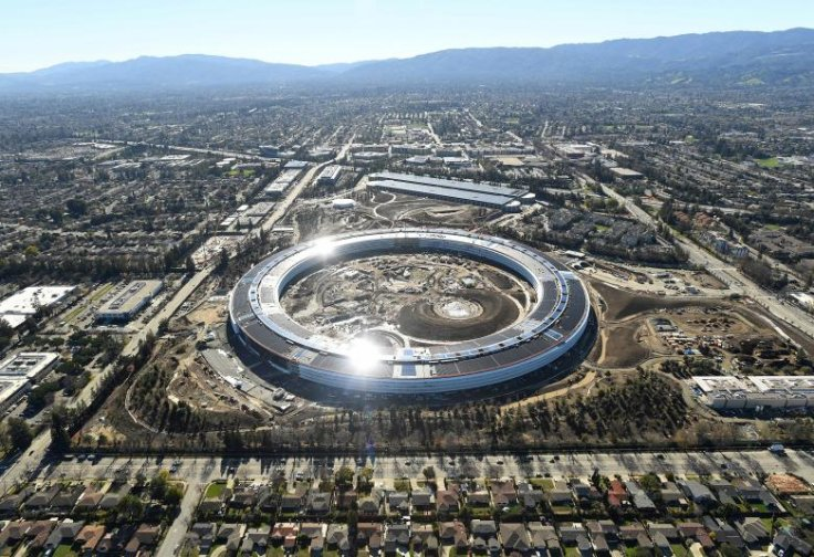 An aerial shot of Apple Campus 2 in Silicon Valley.