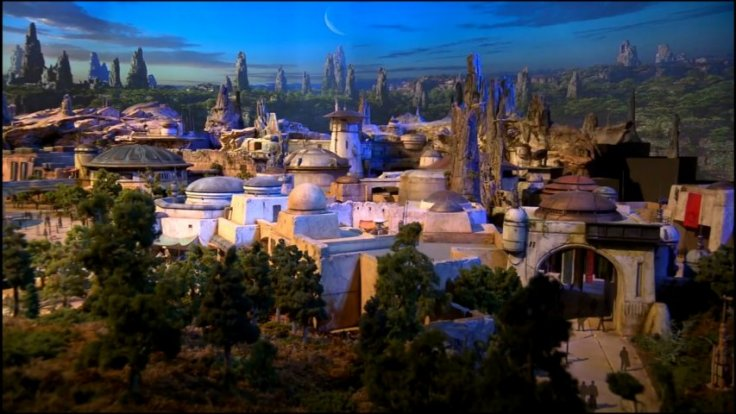 First glimpse of Disney Parks Star Wars-inspired land model