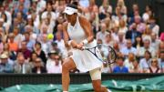 Garbine Muguruza wins first Wimbledon title after second-set collapse from Venus Williams
