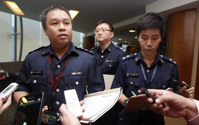 Singapore arrests money mules