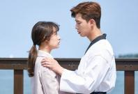 Kim Ji-won and Park Seo-joon