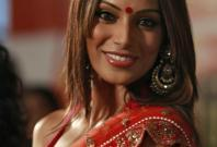 Bipasha Basu gets married to TV actor Karan Singh Grover