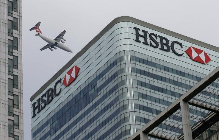 HSBC announces pay, hiring freeze