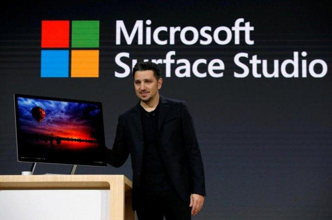 microsoft corporate vp for devices panos panay.jpg