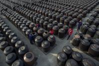 china manufacturing activity slows