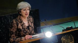 Theresa May urges tech firms to stop spread of extremism online