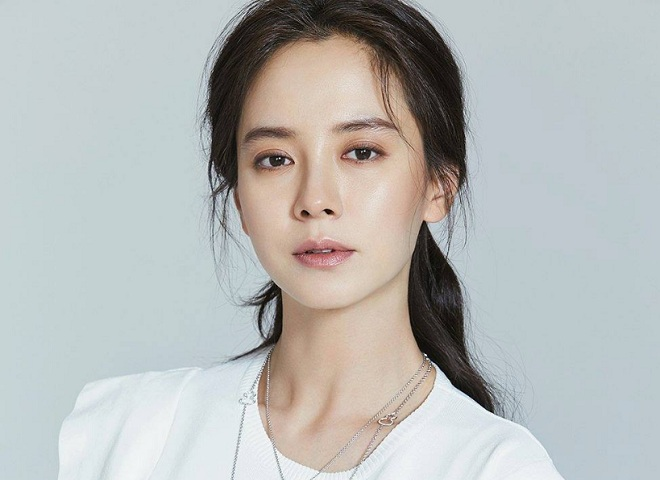 Pieseň Ji Hyo datovania CEO beží človek