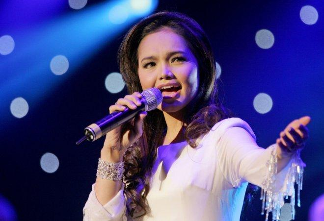 Malaysia's Siti Nurhaliza performs at concert in London.