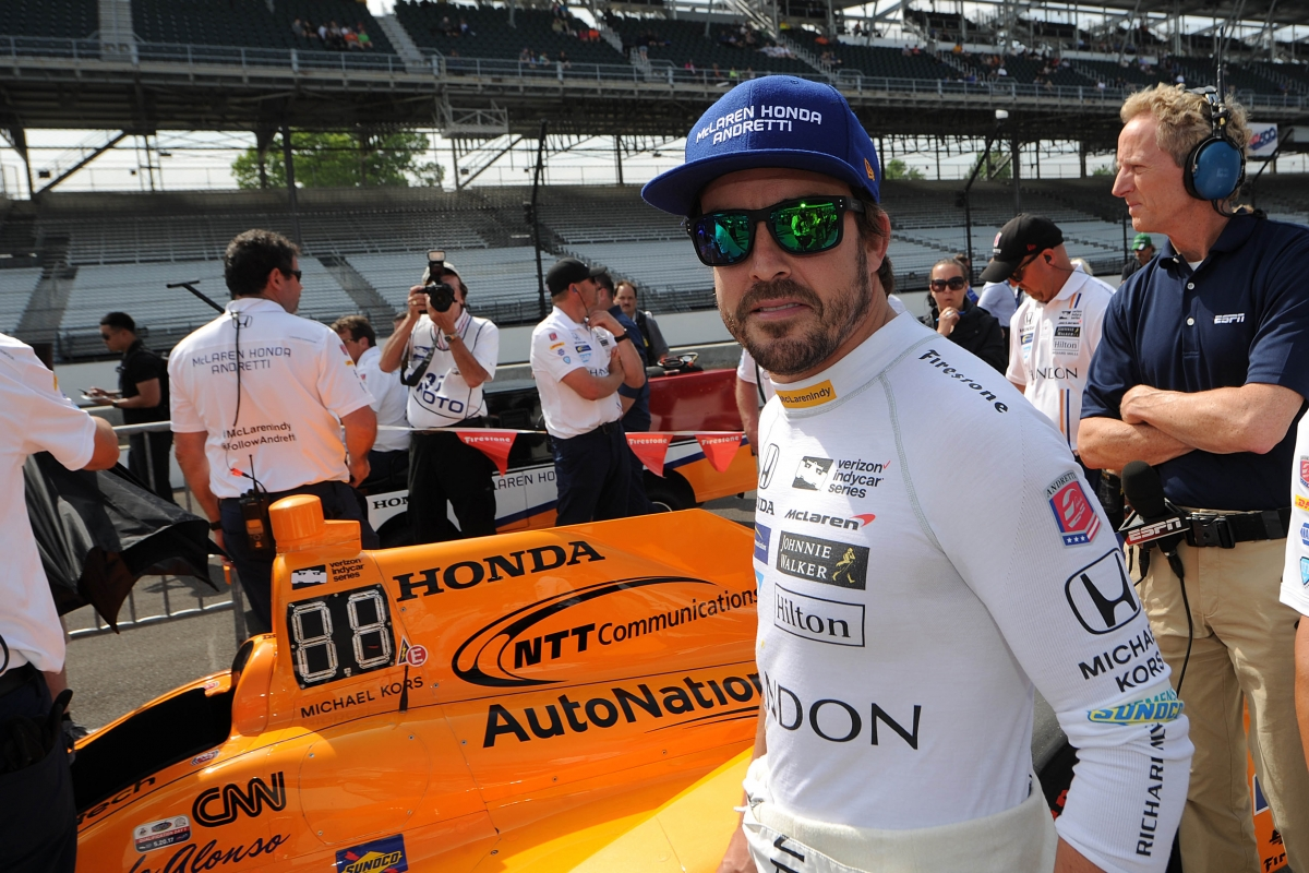Alonso stays loyal to McLaren: