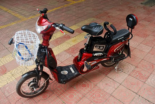 Injuries due to e-bike accidents tend to have a different pattern, says study - International Business Times, Singapore Edition