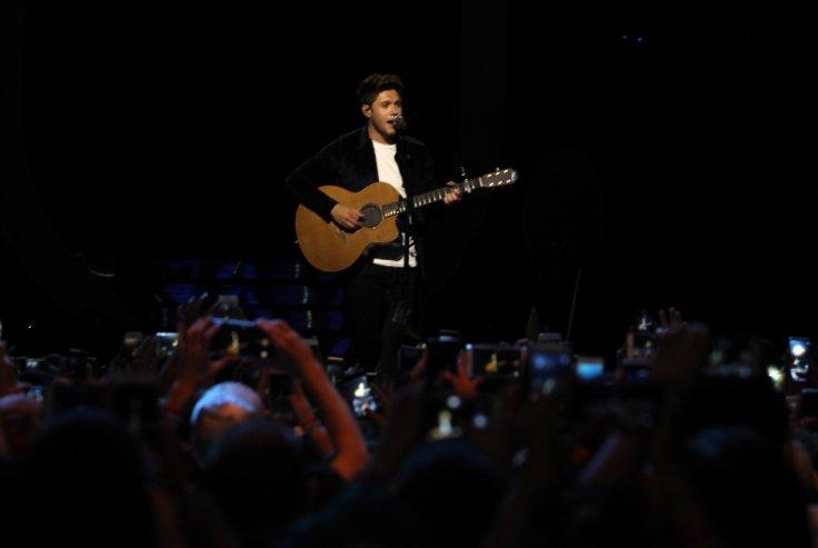 Niall Horan performs at the iHeartRadio MuchMusic Video Awards