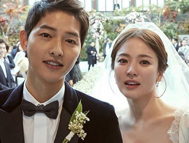 Song Joong-ki and Song Hye-kyo wedding dress