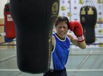 Mary Kom, Sonia storm into Asian Boxing Championships final
