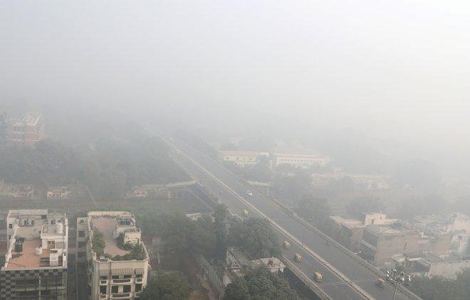 A general view of New Delhi during heavy smog, India, November 10, 2017