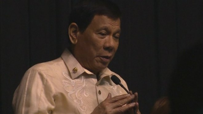 Philippines President Duterte sings love song at Trumps request
