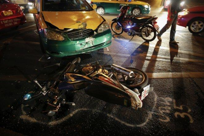 Thailand road accident kills 11 elementary school staff
