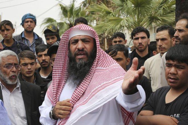 Abu Sayyaf kills another Canadian hostage for deadline lapse