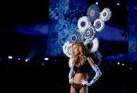Stella Maxwell presents a creation during the 2017 Victoria's Secret Fashion Show in Shanghai