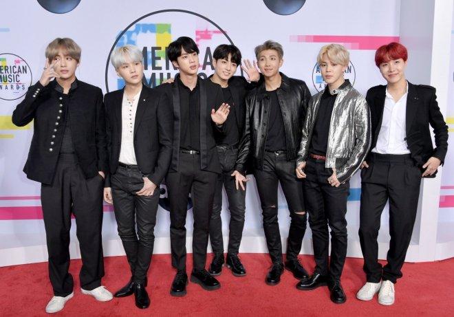BTS at 2017 AMAs