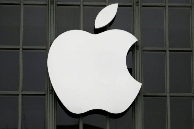 Apple: iPhones still available for sale in China