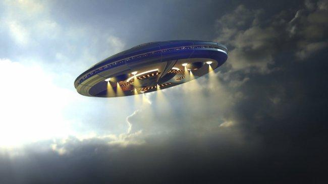 Former US Navy Pilot who witnessed UFO issues strong warning to humanity