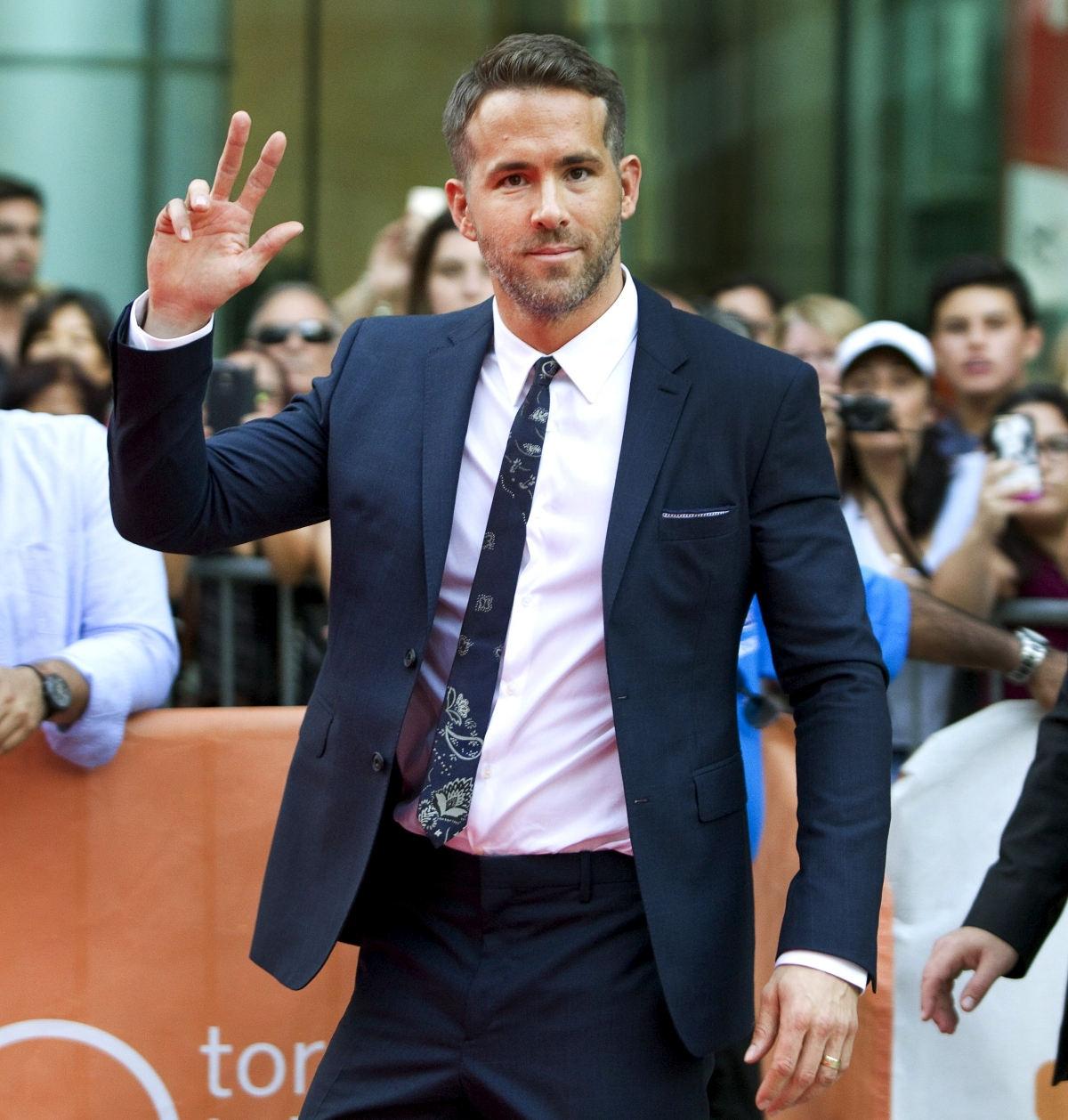 Deadpool Star Ryan Reynolds To Play Lead Role In Live