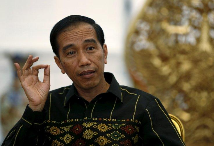 Indonesian president sails to South China Sea islands sending strong message to China