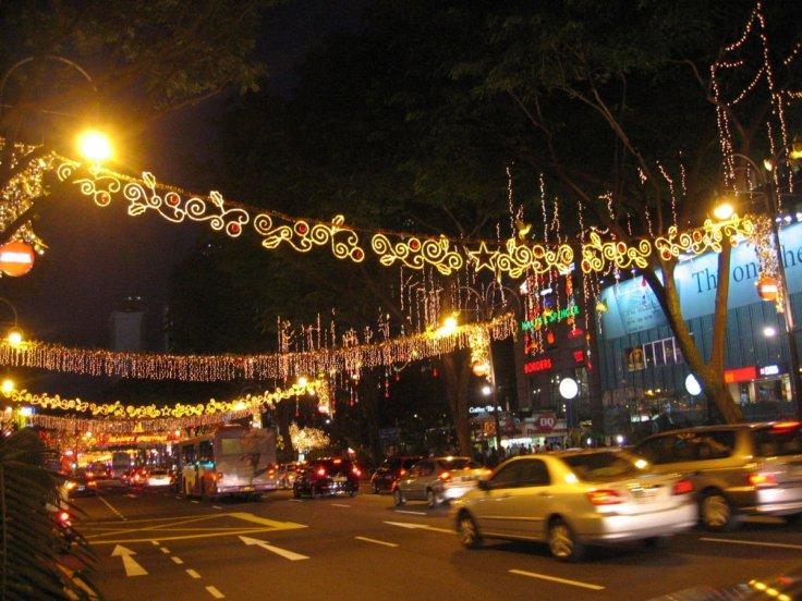 singapore-traffic-christmas-2017