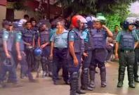 Bangladesh police storm Dhaka restaurant, 8 hostages rescued