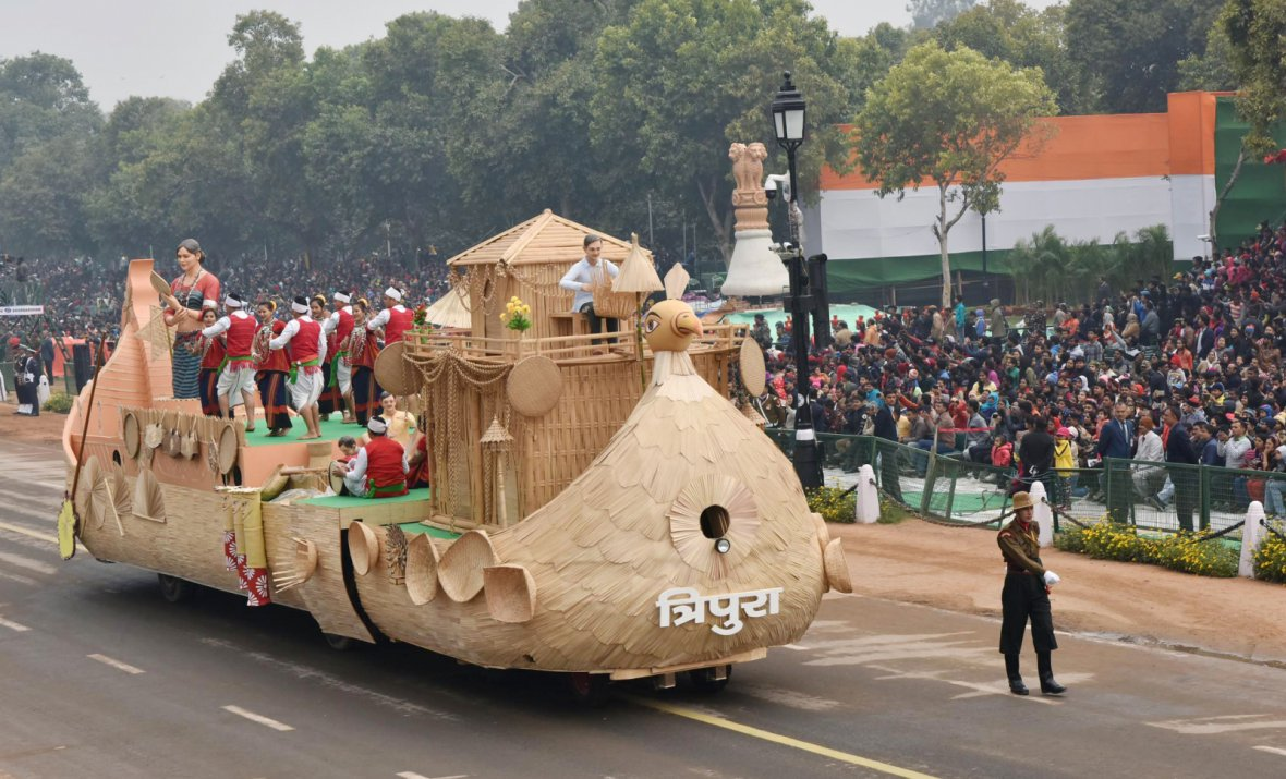 The tableau of Tripura passes through the Rajpath during the full dress rehearsal for the Republic Day Parade-2018