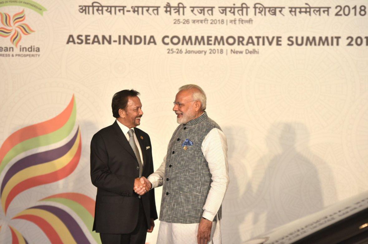 Prime Minister Narendra Modi with the Sultan of Brunei, Mr. Hassanal Bolkiah