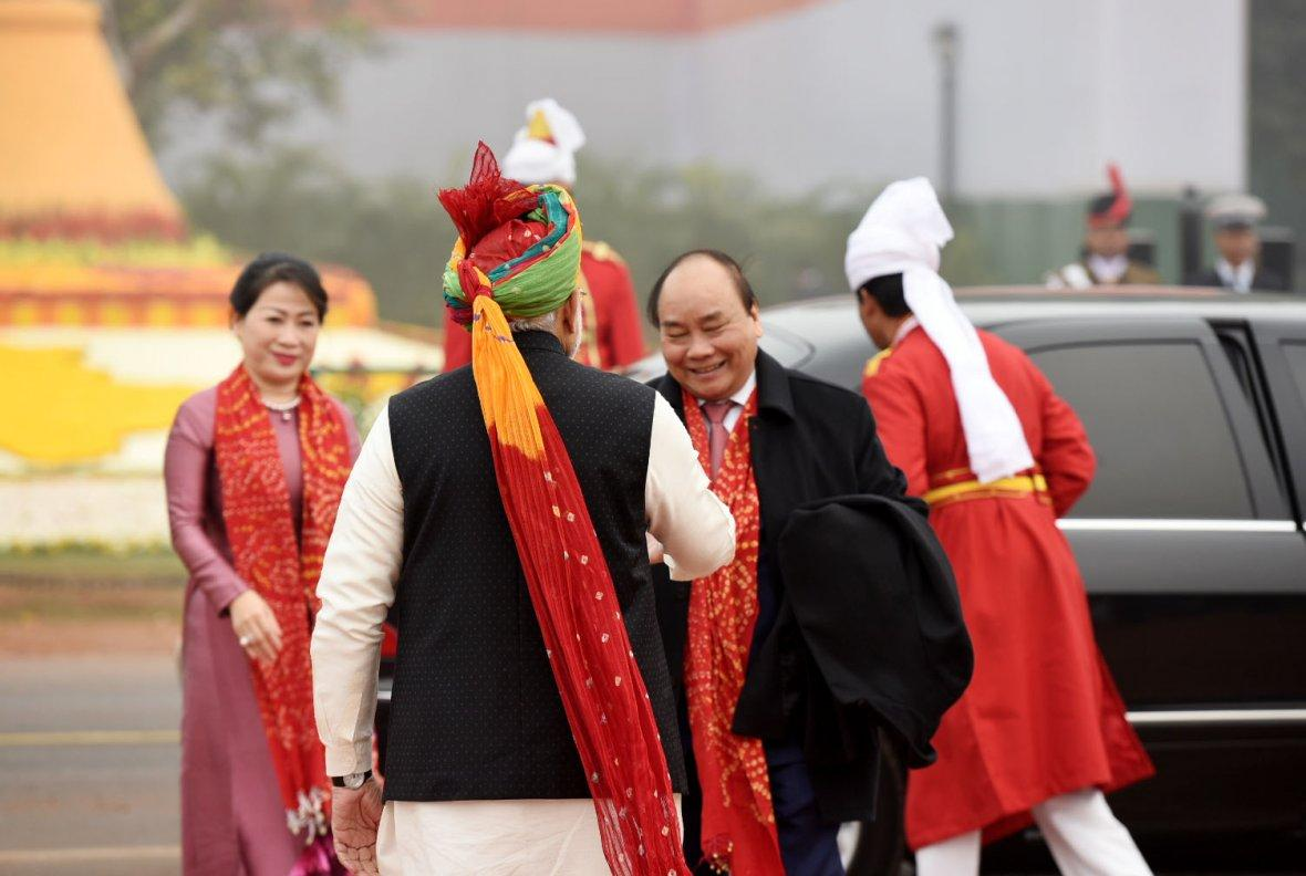 Prime Minister  Narendra Modi receiving the Prime Minister of the Socialist Republic of Vietnam, Mr. Nguyen Xuan Phuc, at Rajpath, on the occasion of the 69th Republic Day Parade 2018