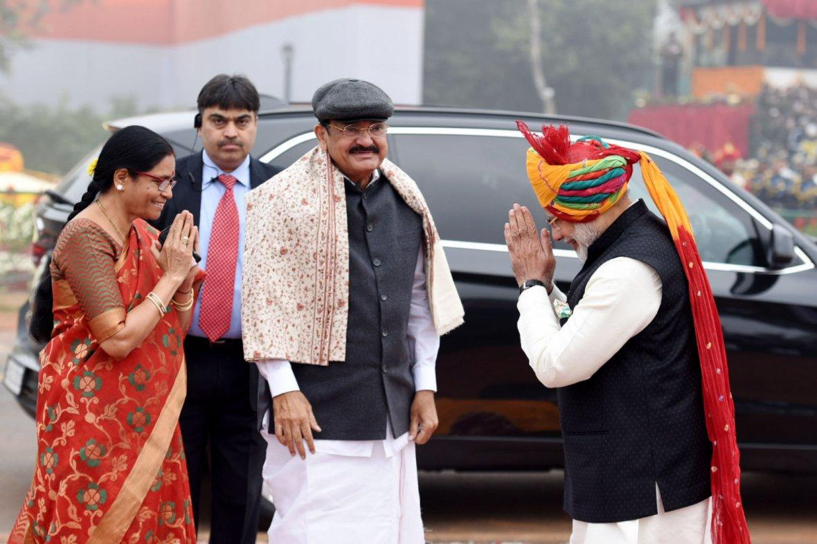Prime Minister  Narendra Modi receiving the Vice President,  M. Venkaiah Naidu, at Rajpath, on the occasion of the 69th Republic Day Parade 2018