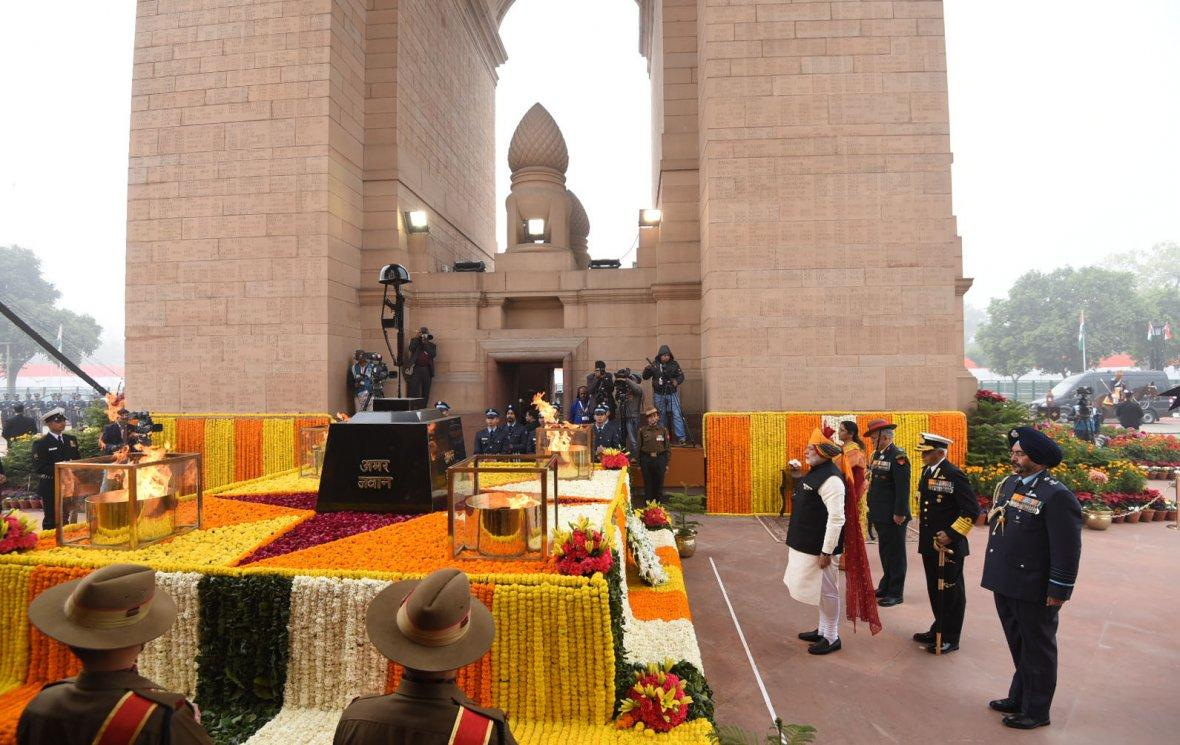 Prime Minister  Narendra Modi paying homage at the Amar Jawan Jyoti, India Gate, on the occasion of the 69th Republic Day Parade 2018