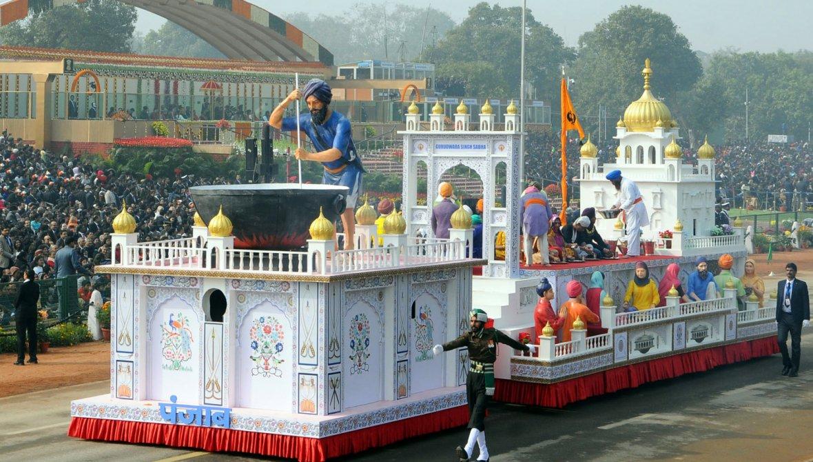 Tableau of Punjab passes through the Rajpath