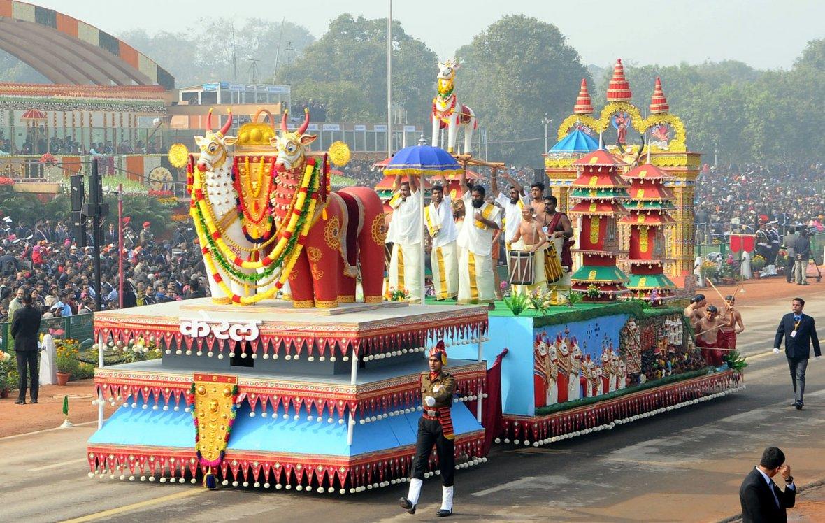Tableau of Kerala passes through the Rajpath