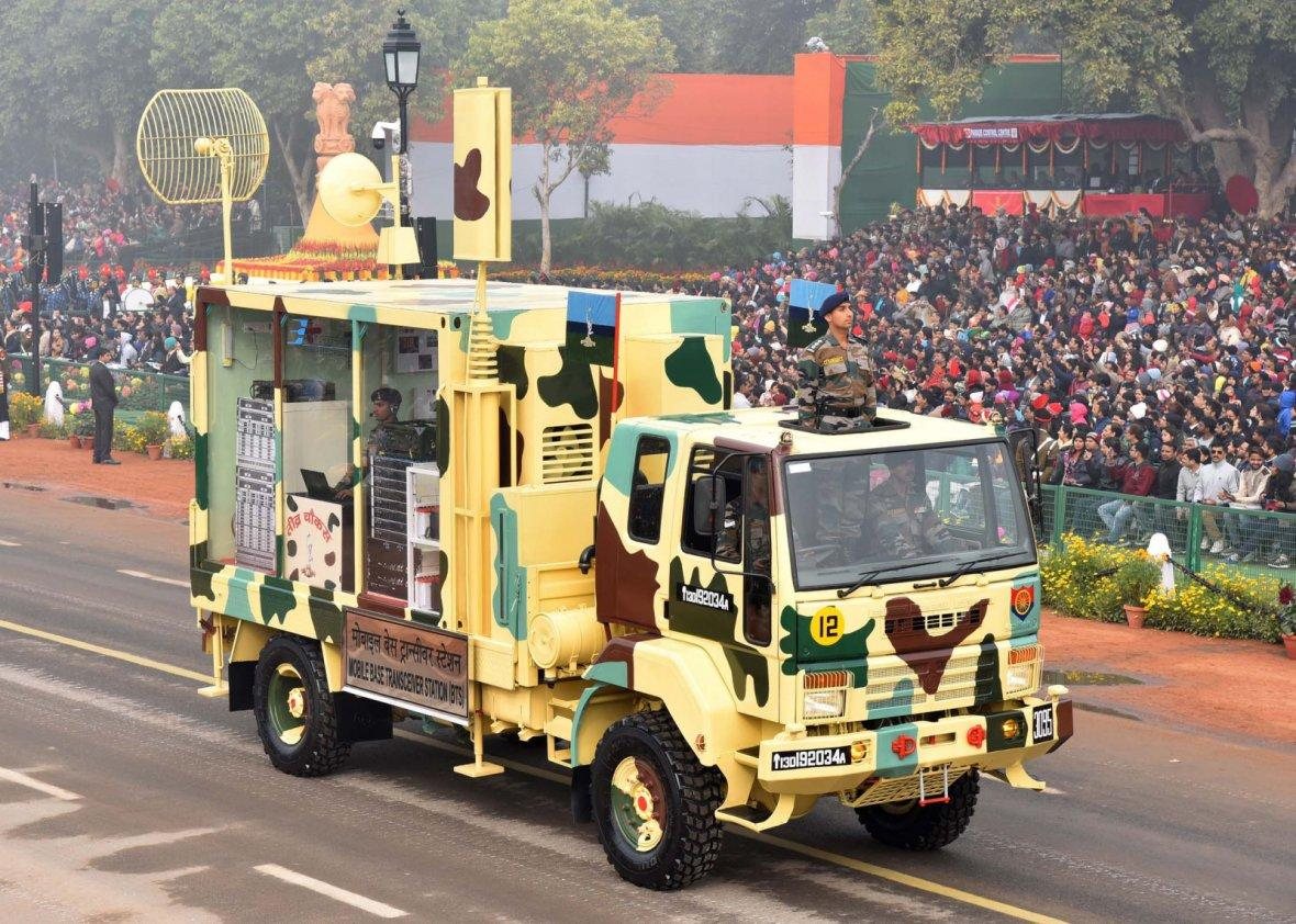 Mobile Base Transceiver Station passes through the Rajpath