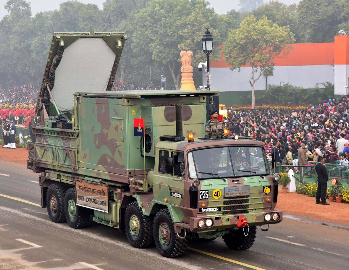 Weapon Locating Radar (Swathi) passes through the Rajpath