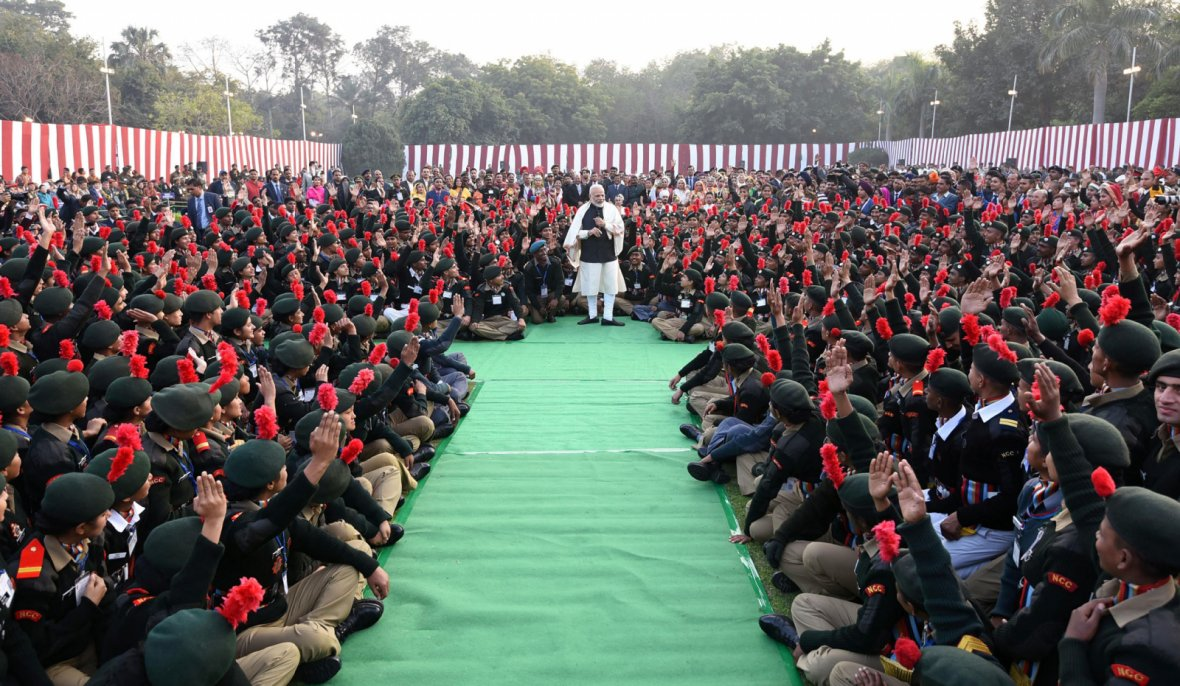 Prime Minister  Narendra Modi interacting with NCC Cadets, NSS Volunteers, Tableaux Artists and tribal guests, at Teen Murti Bhawan