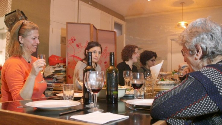 dinner-party-with-a-difference-meet-the-refugee-speaking-the-universal-language-of-food
