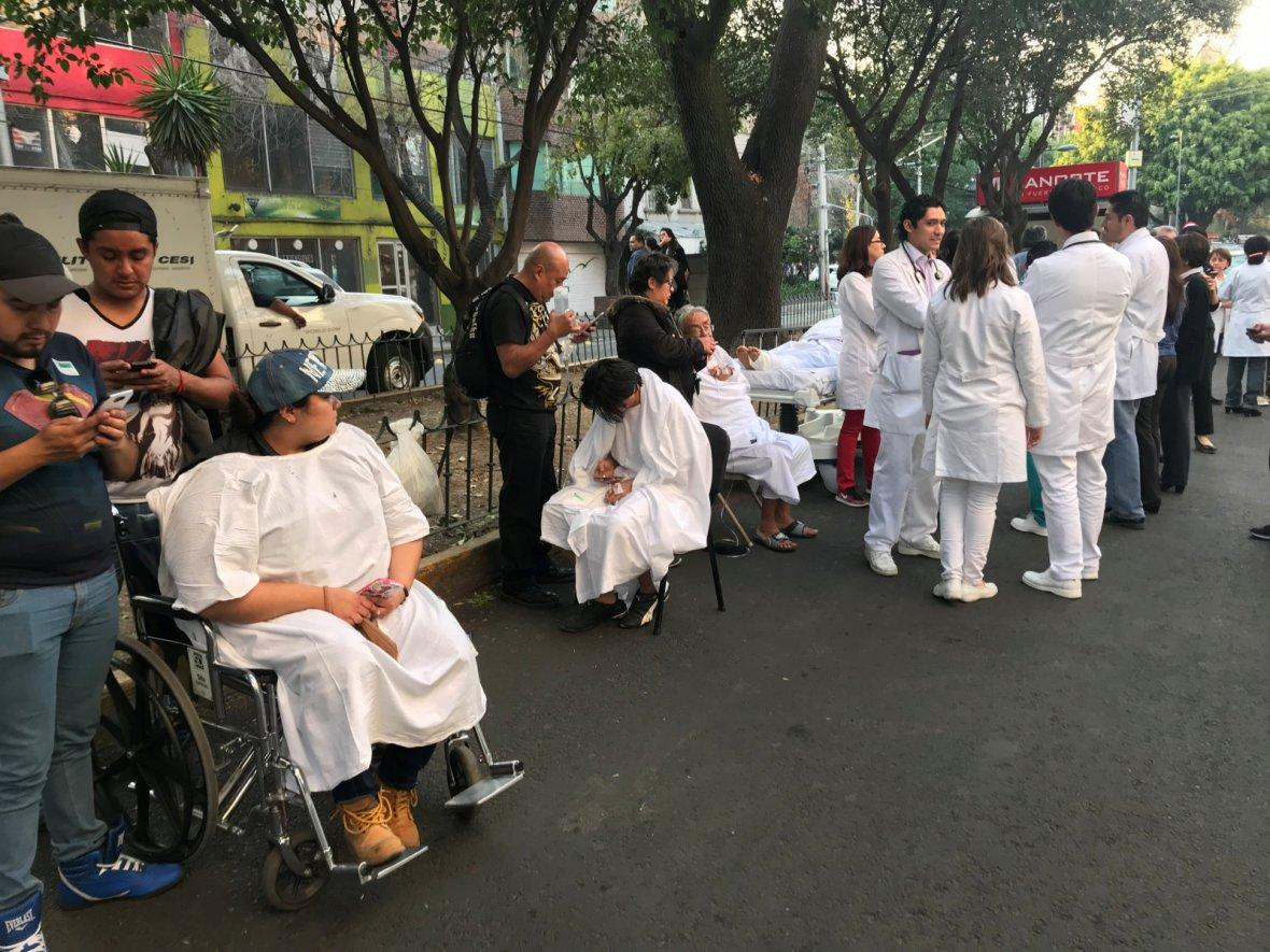 Mexico City, MexicoPeople stand on the street after an earthquake shook buildings in Mexico City, Mexico