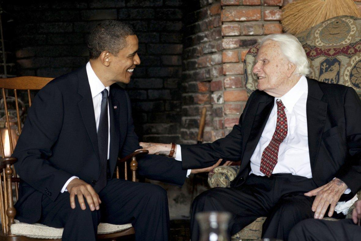 President Barack Obama meets with Billy Graham at his house in Montreat