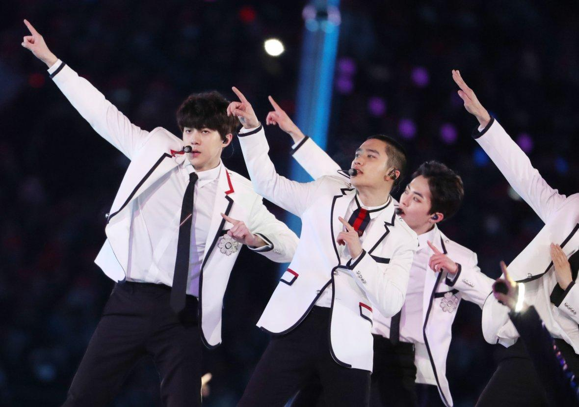 EXO band performs during the closing ceremony