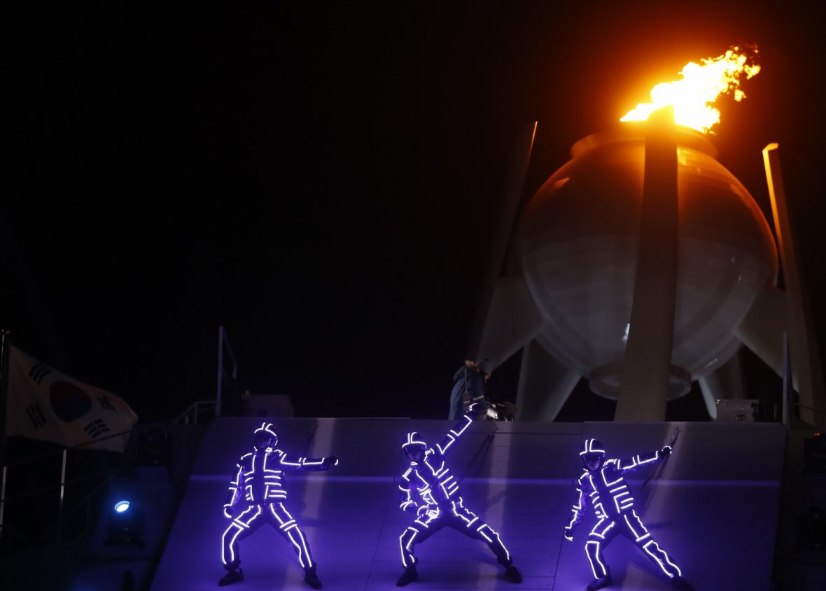 Artists perform during the closing ceremony