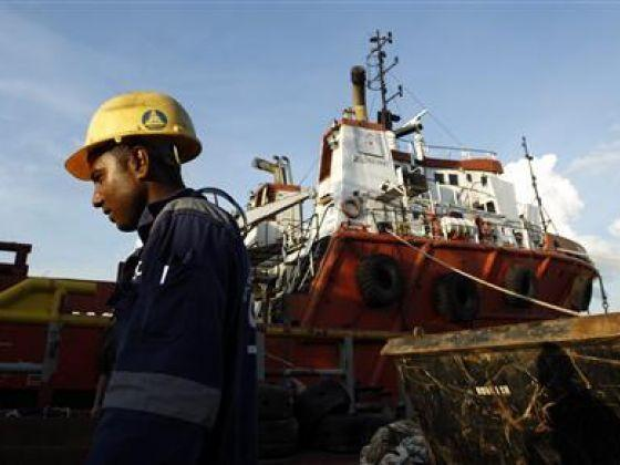 Singapore: Swiber files to wind up company, hit by oil slump