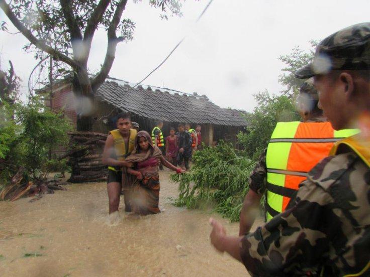 Flash floods kill scores in Nepal, India