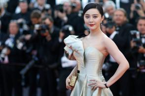 """71st Cannes Film Festival - Screening of the film """"Ash Is Purest White"""" (Jiang hu er nv) in competition - Red Carpet Arrivals - Cannes, France, May 11, 2018. Fan Bingbing poses."""